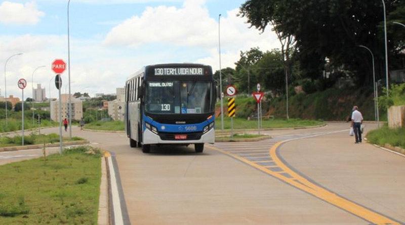 ônibus EMDEC