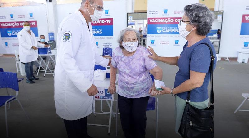 Vacinação de idosos entre 80+ até 84 anos começa 1º de março
